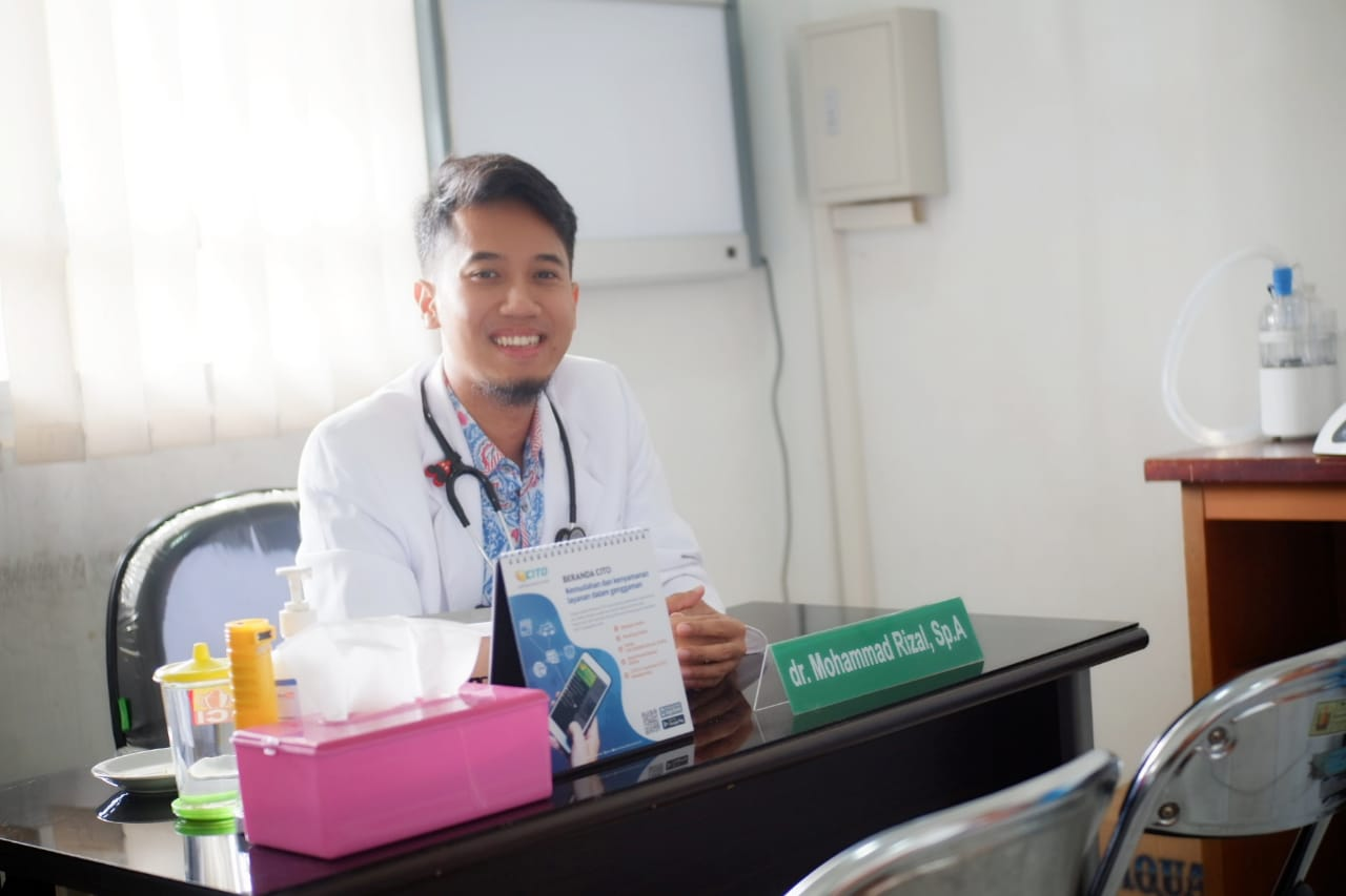 dr. Mohammad rizal, Sp.A